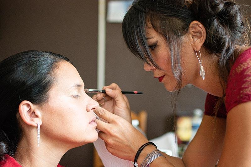 Maquillage de la mariée préparatif mariage maquilleuse